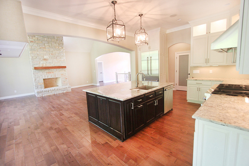 Elegant home kitchen project by Floors To Go of Indianapolis